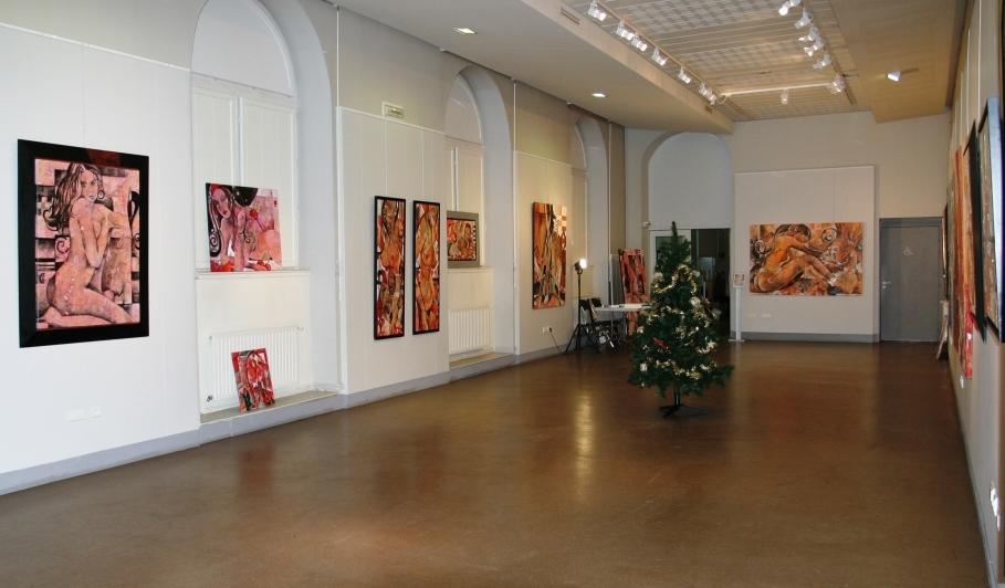 Ute hadam espace vera centre culturel de la ville de for Piscine saint germain en laye salle de sport